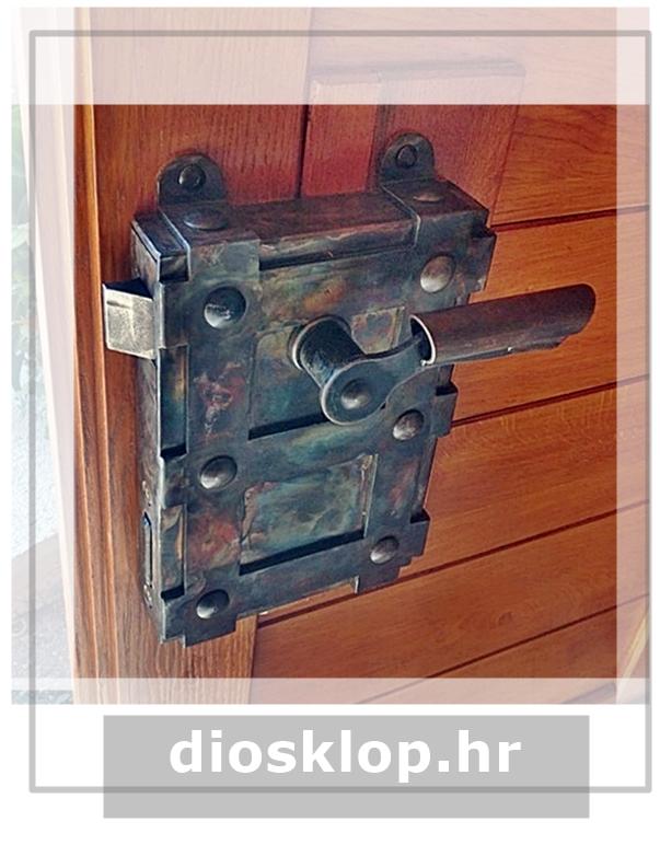 starinska brava za klet ključanica